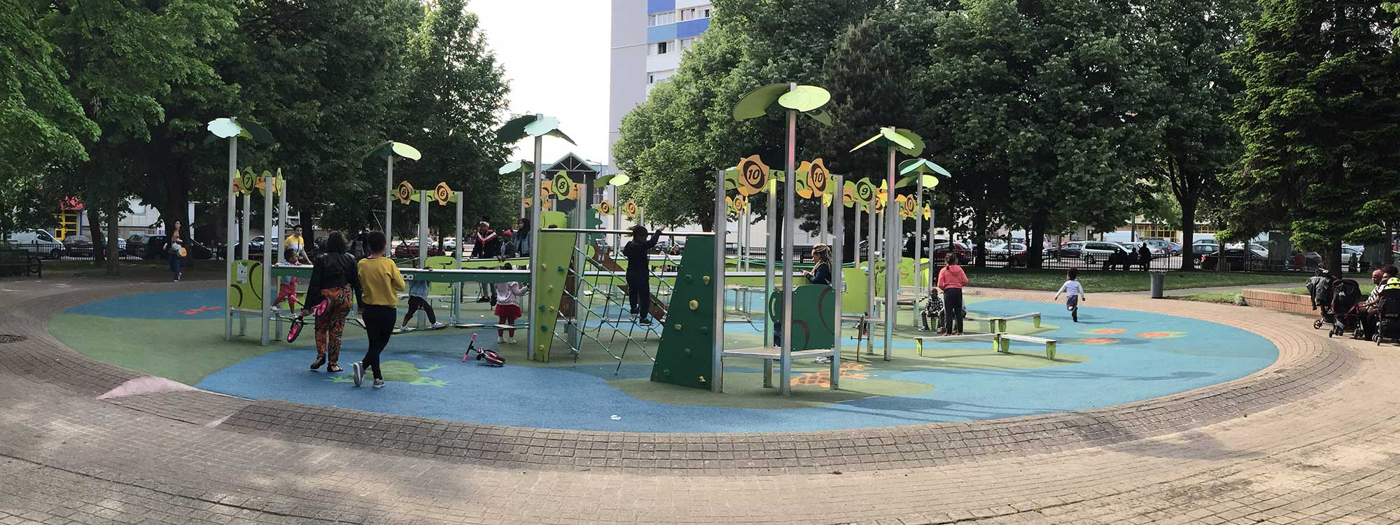Manufacturer of outdoor playgrounds